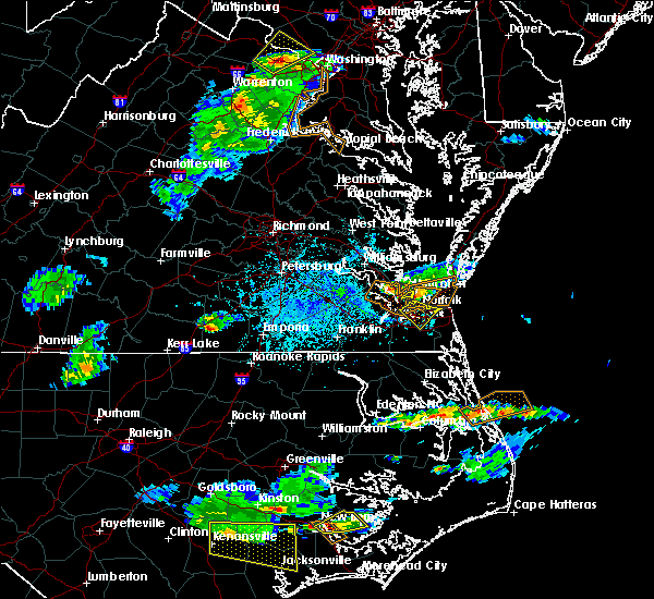 Radar Image for Severe Thunderstorms near Kitty Hawk, NC at 5/31/2017 5:16 PM EDT