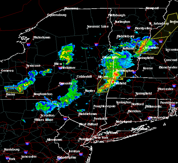 Radar Image for Severe Thunderstorms near Chatham, NY at 5/31/2017 5:28 PM EDT