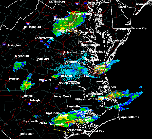 Radar Image for Severe Thunderstorms near Virginia Beach, VA at 5/31/2017 5:44 PM EDT