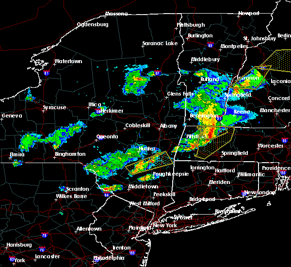 Radar Image for Severe Thunderstorms near Holyoke, MA at 5/31/2017 6:15 PM EDT