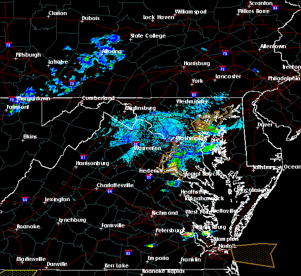 Radar Image for Severe Thunderstorms near Arbutus, MD at 5/31/2017 6:37 PM EDT