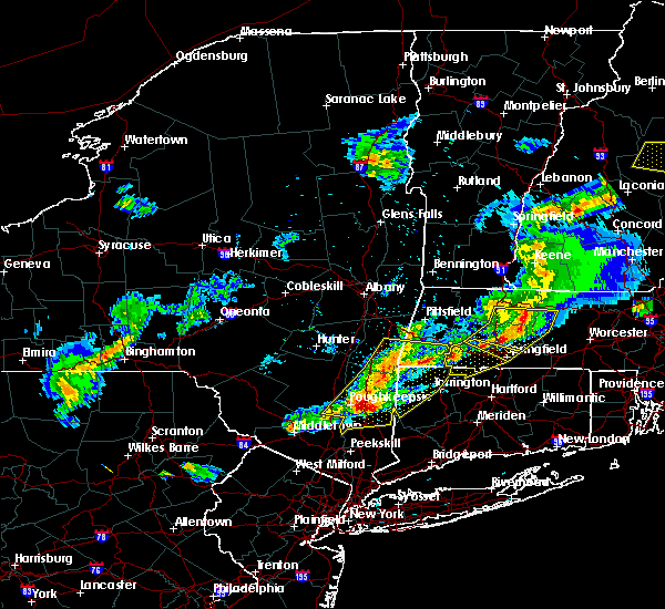 Radar Image for Severe Thunderstorms near Holyoke, MA at 5/31/2017 7:04 PM EDT