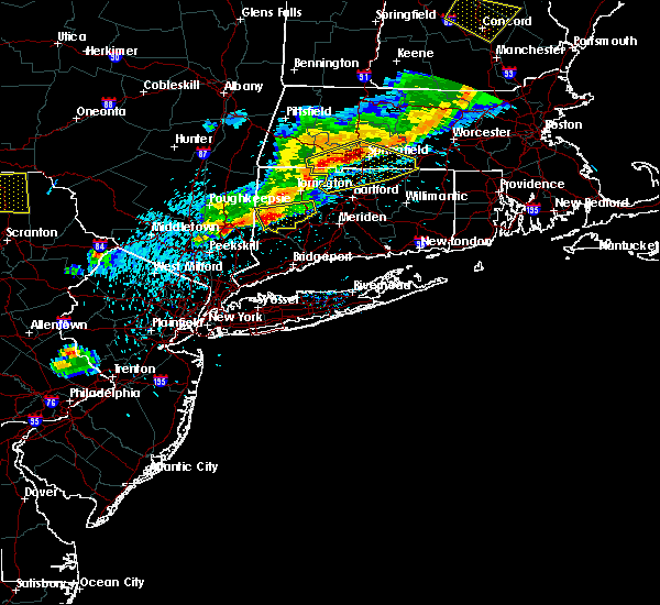 Radar Image for Severe Thunderstorms near Waterbury, CT at 5/31/2017 7:49 PM EDT