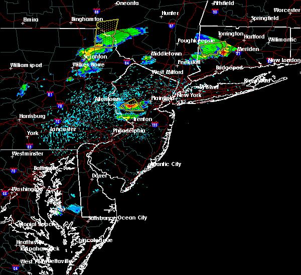 Radar Image for Severe Thunderstorms near Flemington, NJ at 5/31/2017 8:25 PM EDT
