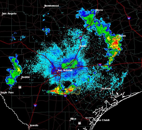 Radar Image for Severe Thunderstorms near Kenedy, TX at 6/4/2017 12:57 AM CDT