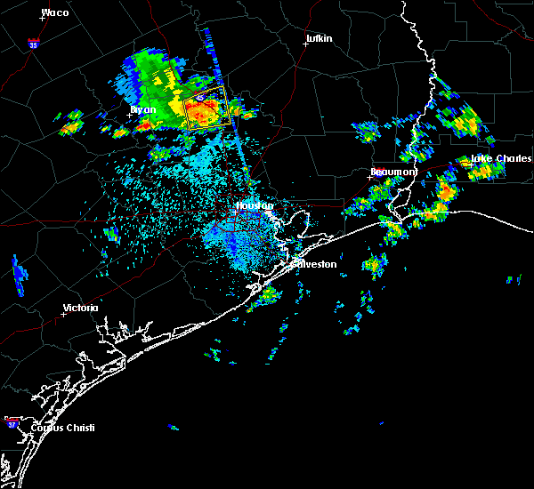 Radar Image for Severe Thunderstorms near Huntsville, TX at 6/4/2017 3:00 AM CDT