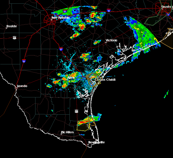 Radar Image for Severe Thunderstorms near Corpus Christi, TX at 6/4/2017 5:25 PM CDT