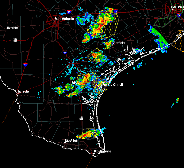 Radar Image for Severe Thunderstorms near Corpus Christi, TX at 6/4/2017 6:01 PM CDT