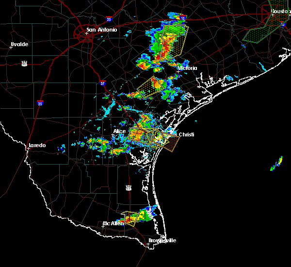 Radar Image for Severe Thunderstorms near Corpus Christi, TX at 6/4/2017 6:23 PM CDT