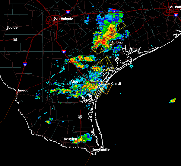 Radar Image for Severe Thunderstorms near Corpus Christi, TX at 6/4/2017 7:04 PM CDT