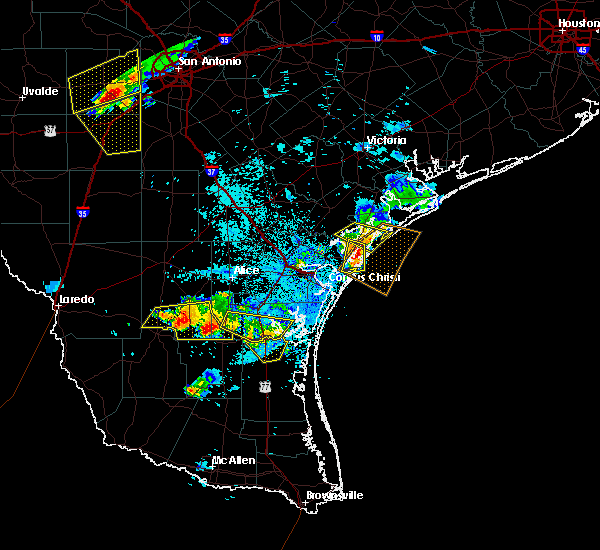 Radar Image for Severe Thunderstorms near Corpus Christi, TX at 6/4/2017 10:17 PM CDT