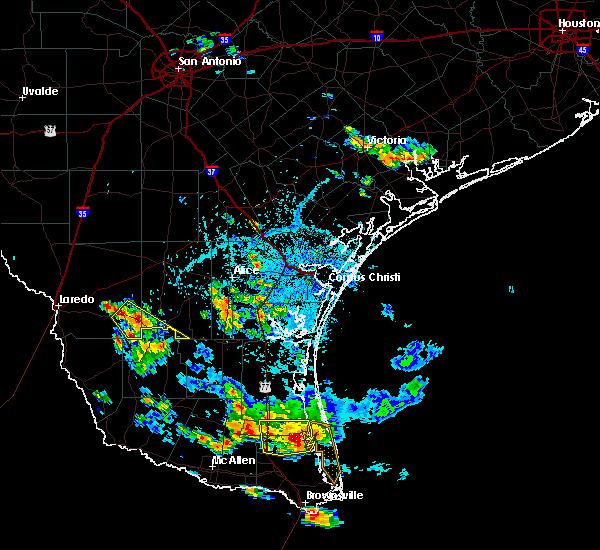 Radar Image for Severe Thunderstorms near Hebbronville, TX at 6/5/2017 5:10 PM CDT