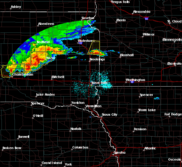 Radar Image for Severe Thunderstorms near Gary, SD at 6/11/2017 4:02 AM CDT