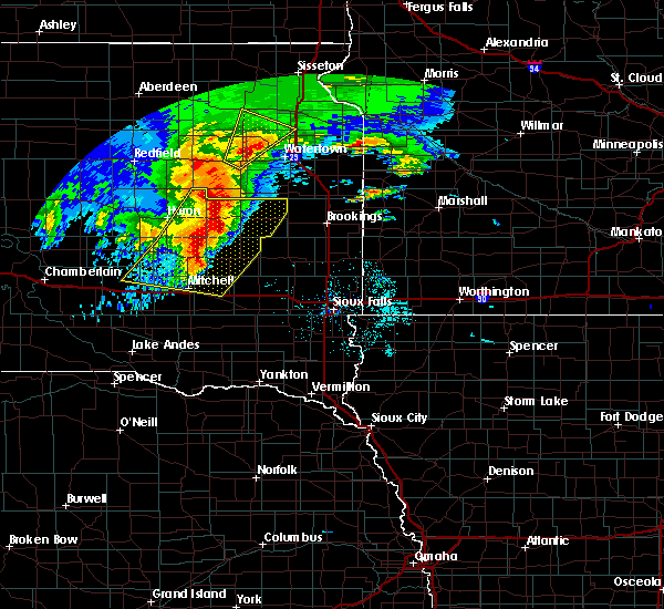 Radar Image for Severe Thunderstorms near Huron, SD at 6/11/2017 4:51 AM CDT
