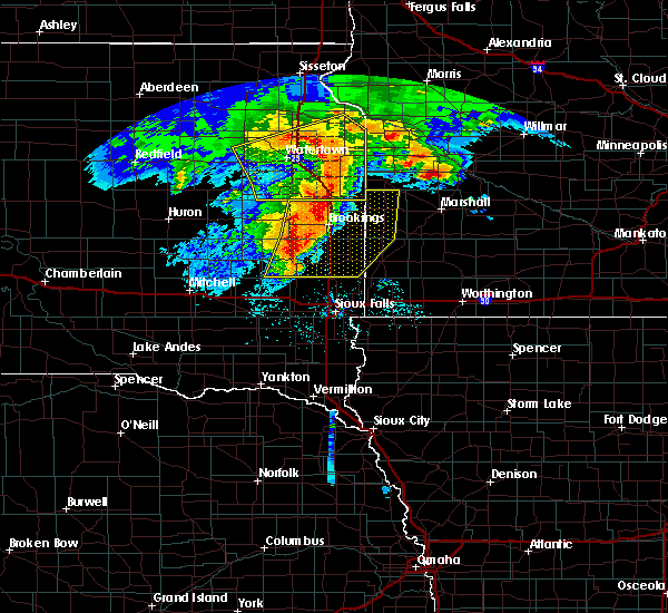 Radar Image for Severe Thunderstorms near Brookings, SD at 6/11/2017 5:51 AM CDT