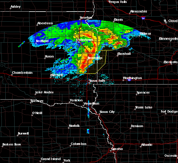 Radar Image for Severe Thunderstorms near Gary, SD at 6/11/2017 6:01 AM CDT