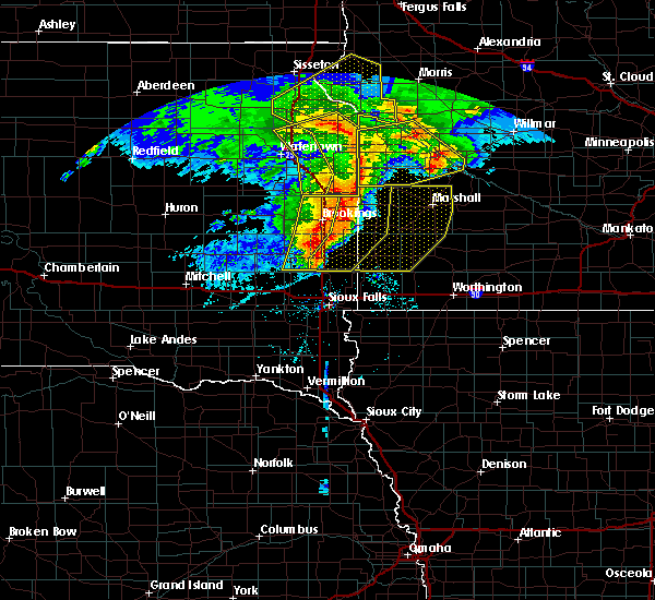 Radar Image for Severe Thunderstorms near The Lakes, MN at 6/11/2017 6:10 AM CDT