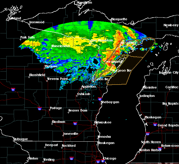 Radar Image for Severe Thunderstorms near Sturgeon Bay, WI at 6/11/2017 2:01 PM CDT