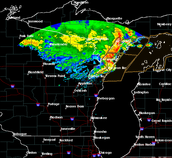 Radar Image for Severe Thunderstorms near Sturgeon Bay, WI at 6/11/2017 2:09 PM CDT