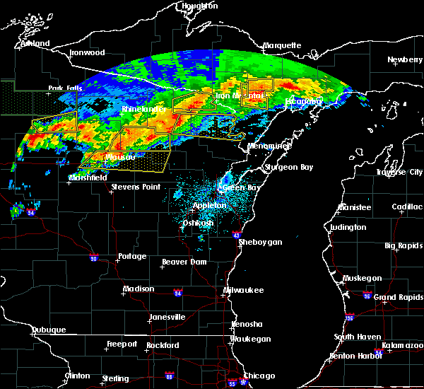 Radar Image for Severe Thunderstorms near Pembine, WI at 6/11/2017 9:21 PM CDT