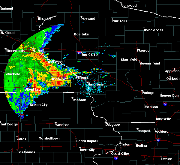 Radar Image for Severe Thunderstorms near Elgin, MN at 6/12/2017 2:45 PM CDT