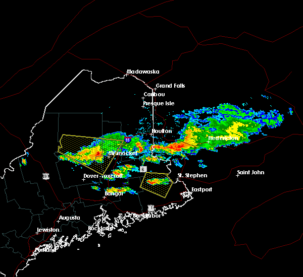 Radar Image for Severe Thunderstorms near Woodland, ME at 6/12/2017 5:29 PM EDT