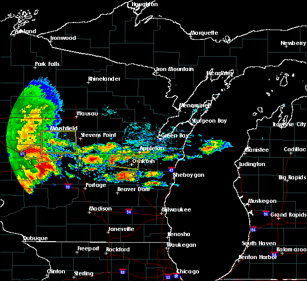 Radar Image for Severe Thunderstorms near Rosendale, WI at 6/12/2017 5:13 PM CDT