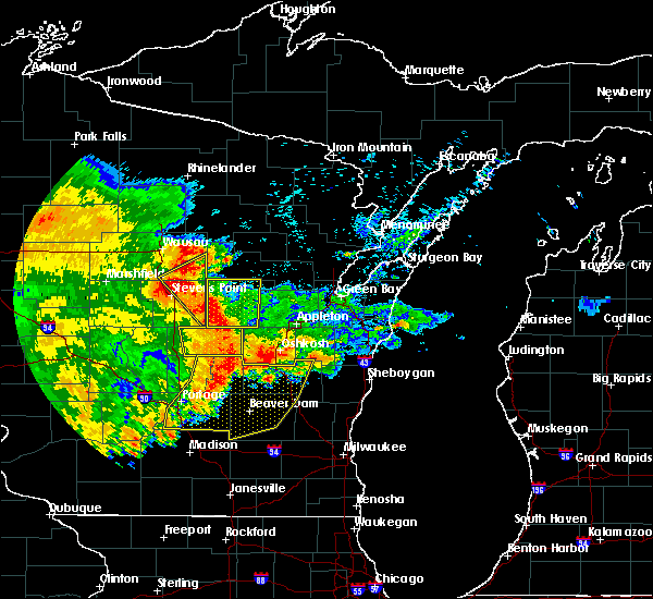 Radar Image for Severe Thunderstorms near King, WI at 6/12/2017 6:37 PM CDT