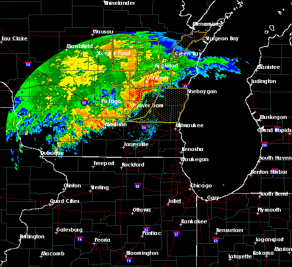 Radar Image for Severe Thunderstorms near Richfield, WI at 6/12/2017 6:57 PM CDT
