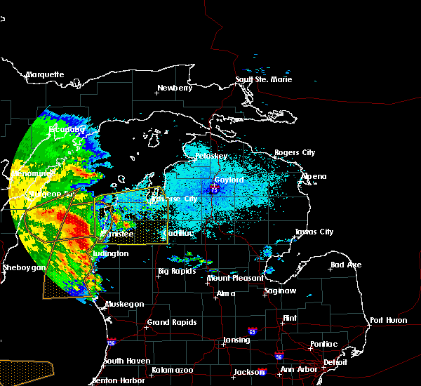 Radar Image for Severe Thunderstorms near Bendon, MI at 6/12/2017 10:37 PM EDT