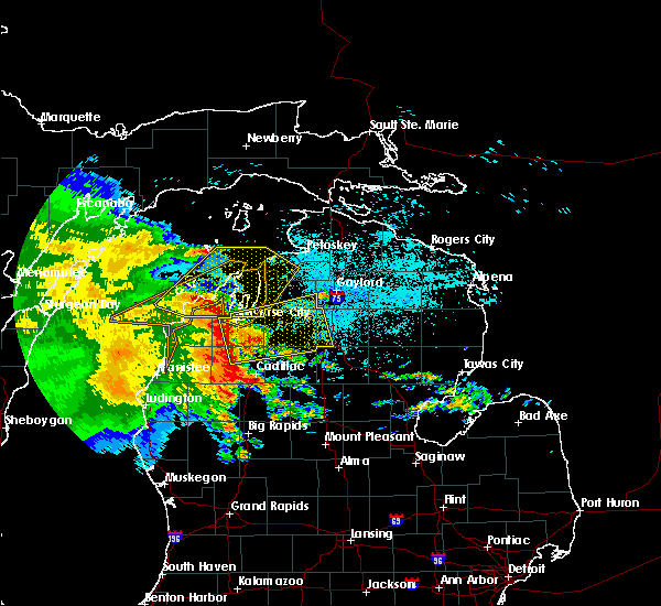 Radar Image for Severe Thunderstorms near South Boardman, MI at 6/12/2017 11:34 PM EDT