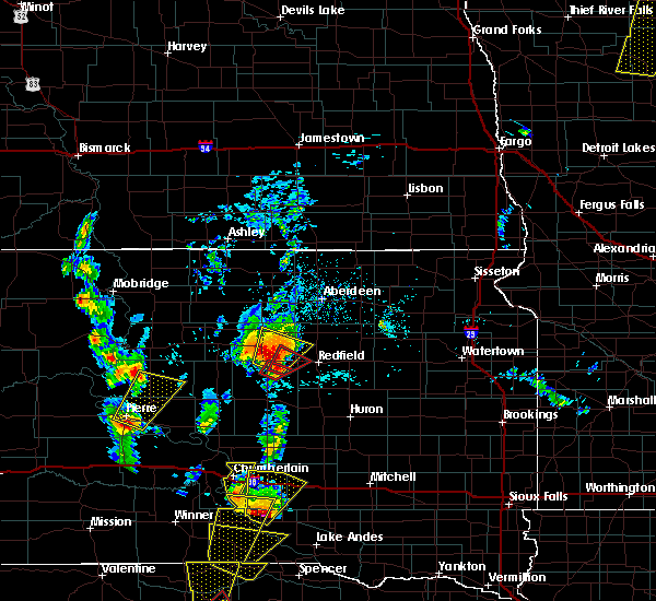 Radar Image for Severe Thunderstorms near Pukwana, SD at 6/13/2017 4:31 PM CDT