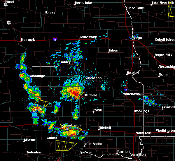 Radar Image for Severe Thunderstorms near Pukwana, SD at 6/13/2017 4:45 PM CDT