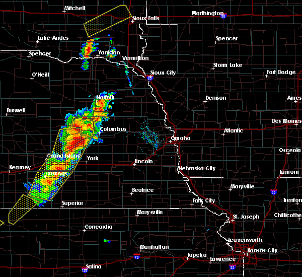 Radar Image for Severe Thunderstorms near St. Edward, NE at 6/13/2017 8:02 PM CDT