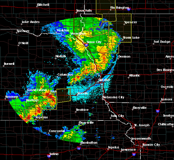 Radar Image for Severe Thunderstorms near Friend, NE at 6/13/2017 10:27 PM CDT