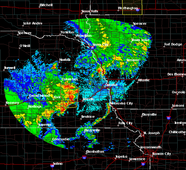 Radar Image for Severe Thunderstorms near Rising City, NE at 6/13/2017 11:13 PM CDT