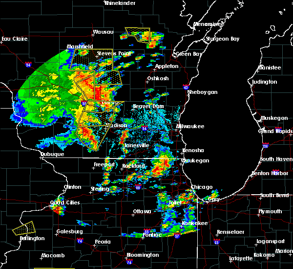 Radar Image for Severe Thunderstorms near Endeavor, WI at 6/14/2017 2:24 PM CDT