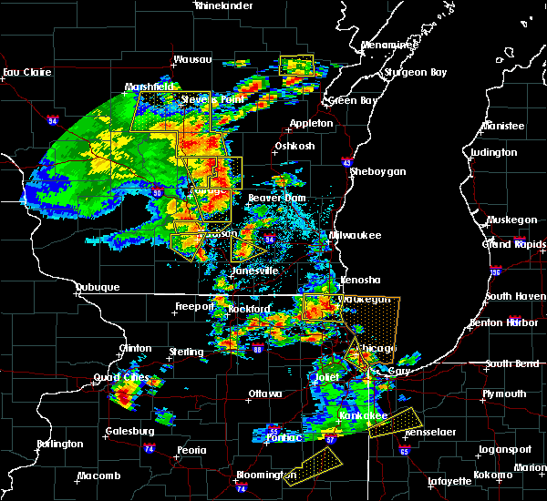 Radar Image for Severe Thunderstorms near Jefferson, WI at 6/14/2017 2:46 PM CDT