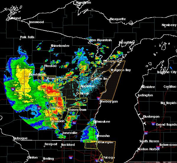 Radar Image for Severe Thunderstorms near King, WI at 6/14/2017 2:56 PM CDT
