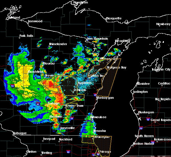 Radar Image for Severe Thunderstorms near Redgranite, WI at 6/14/2017 3:02 PM CDT