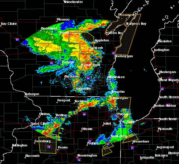 Radar Image for Severe Thunderstorms near Waupun, WI at 6/14/2017 3:24 PM CDT