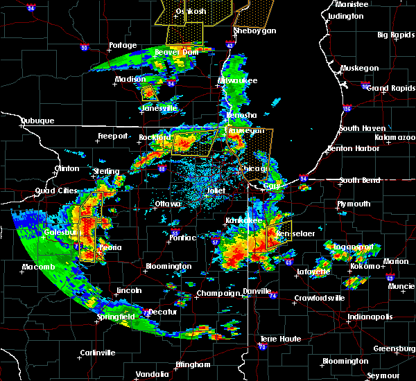 Radar Image for Severe Thunderstorms near Round Lake, IL at 6/14/2017 3:37 PM CDT