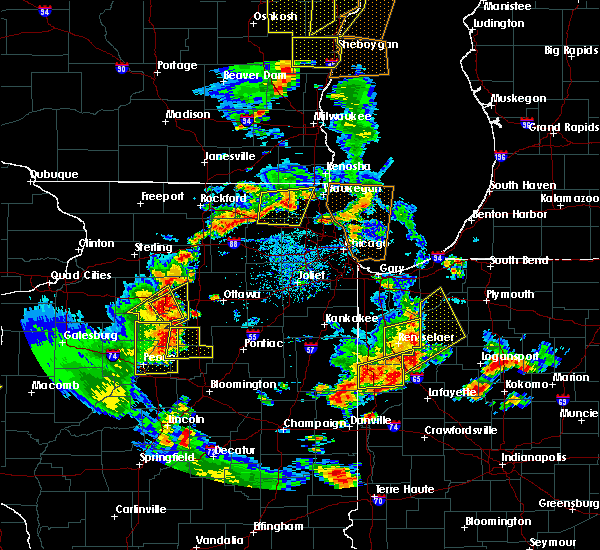 Radar Image for Severe Thunderstorms near Hennepin, IL at 6/14/2017 4:05 PM CDT