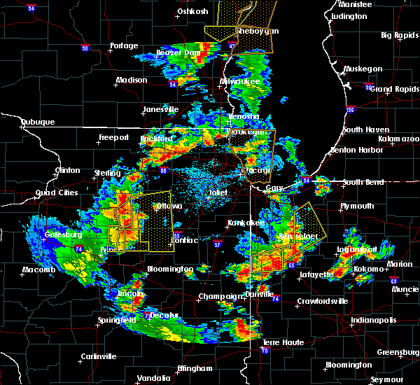 Radar Image for Severe Thunderstorms near Hennepin, IL at 6/14/2017 4:18 PM CDT
