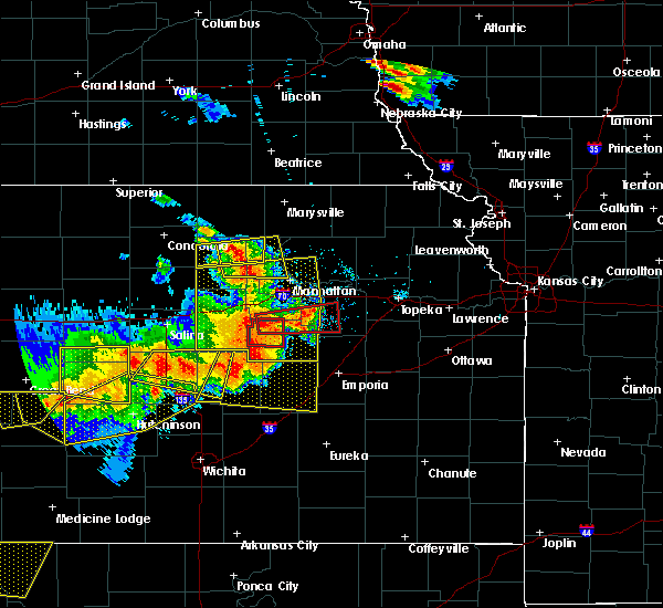 Radar Image for Severe Thunderstorms near White City, KS at 6/15/2017 6:17 PM CDT