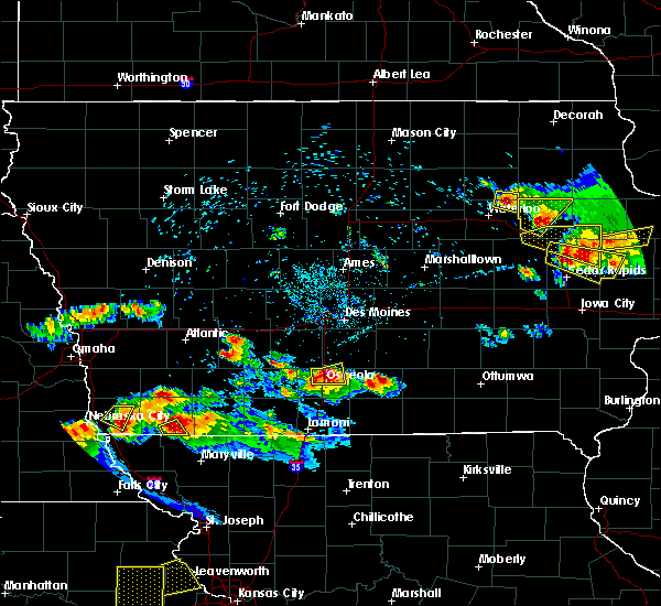 Radar Image for Severe Thunderstorms near Osceola, IA at 6/15/2017 8:46 PM CDT