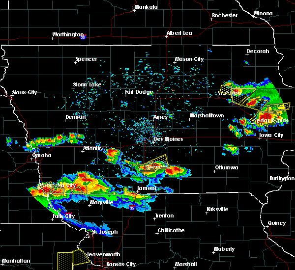 Radar Image for Severe Thunderstorms near Osceola, IA at 6/15/2017 8:56 PM CDT
