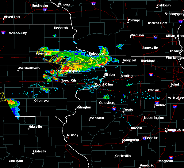 Radar Image for Severe Thunderstorms near Rowley, IA at 6/15/2017 9:02 PM CDT