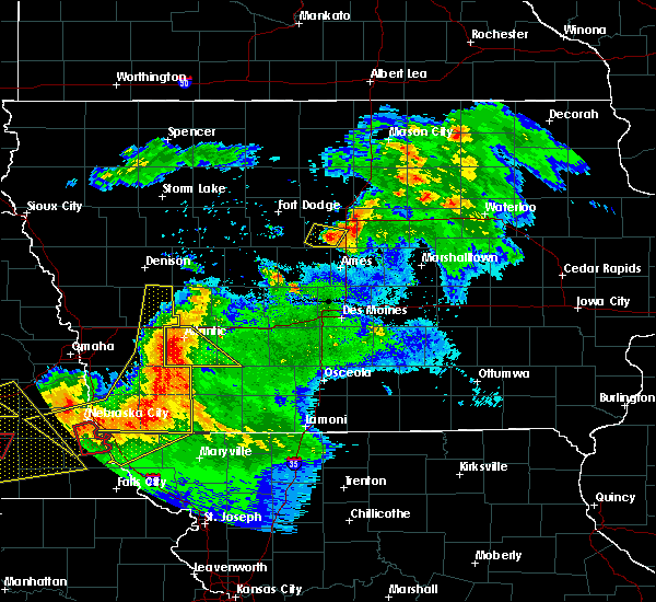 Radar Image for Severe Thunderstorms near Nodaway, IA at 6/16/2017 9:09 PM CDT