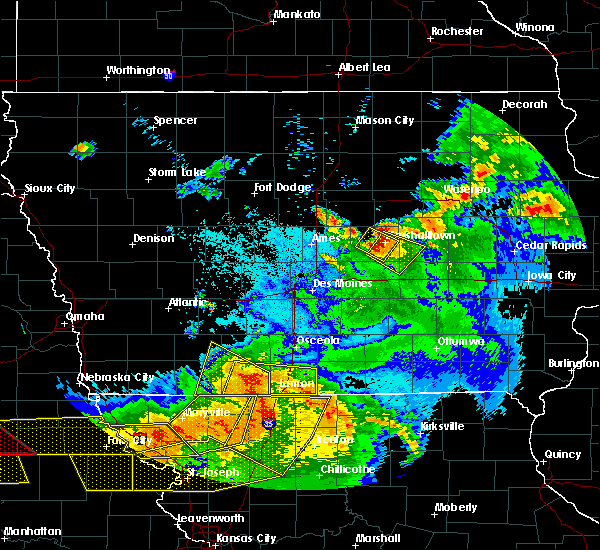 Radar Image for Severe Thunderstorms near Marshalltown, IA at 6/16/2017 10:29 PM CDT